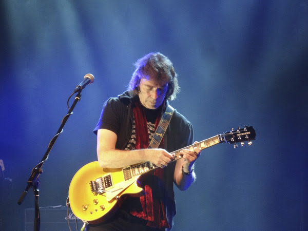 Steve Hackett (Photo by Bill Banasiewicz)