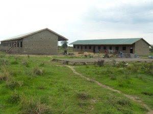 Mario remata la construcción de una escuela para niños en Sudan
