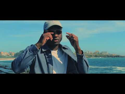 Azagaia Feat. Macaia - No Ano da Fome (Vídeo Official)