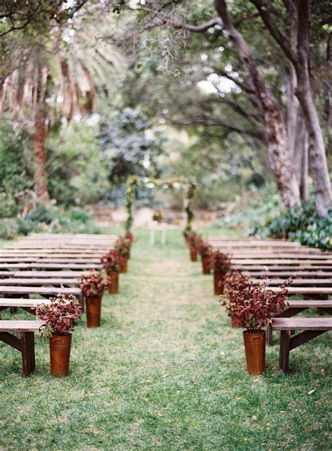 12 ways to make you wedding aisle look Fabulous