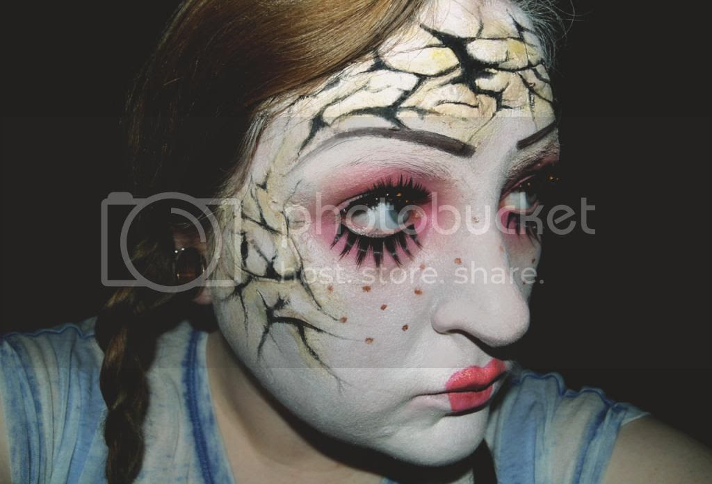 Cracked doll halloween makeup tutorial, 3d effect, horror, sfx