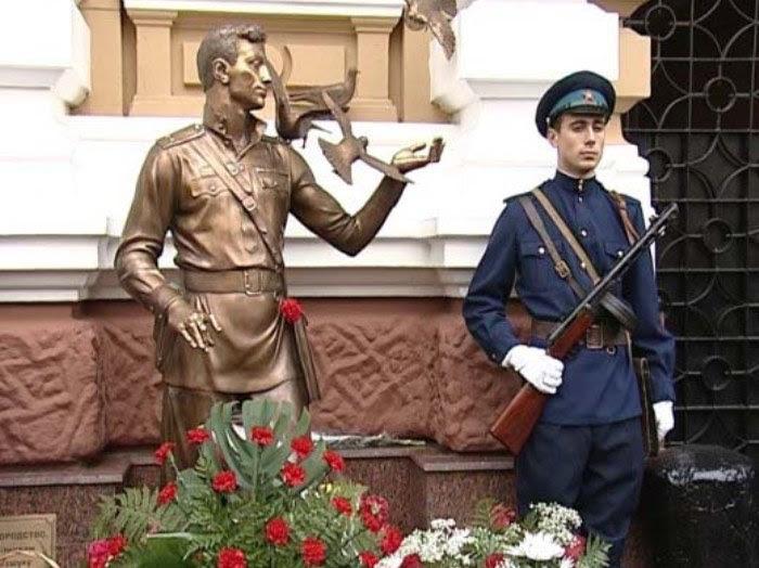 http://www.kulturologia.ru/files/u19001/David-Gotsman-11.jpg
