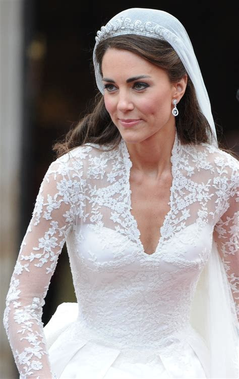Kate Middleton's wedding gown and Wikipedia's gender gap.