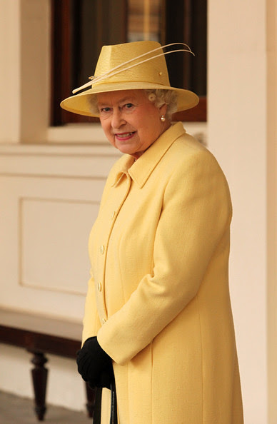 Queen Elizabeth II hat 1