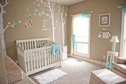 Dormitorio de bebé en tonos tierra