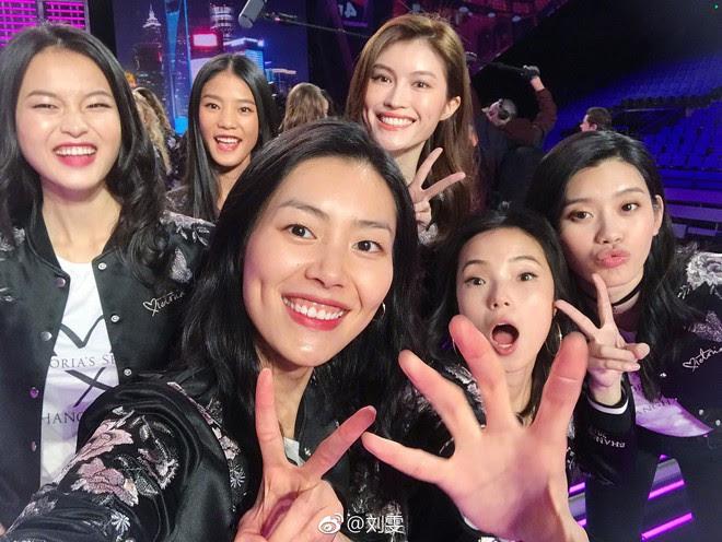 Dàn mẫu Victorias Secret xinh phát ngất trong buổi họp báo chính thức tại Thượng Hải - Ảnh 7.