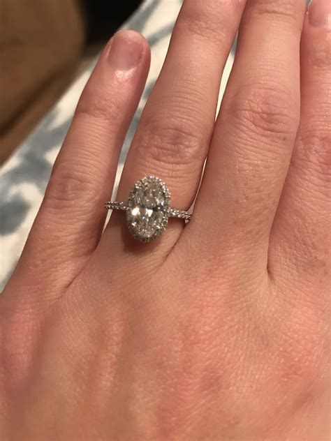 What wedding band goes with oval halo engagement ring