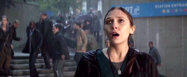 Elizabeth Olsen stars in 2014's GODZILLA.