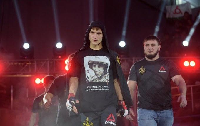 Россиянин Евлоев победил Ленца на турнире UFC 257