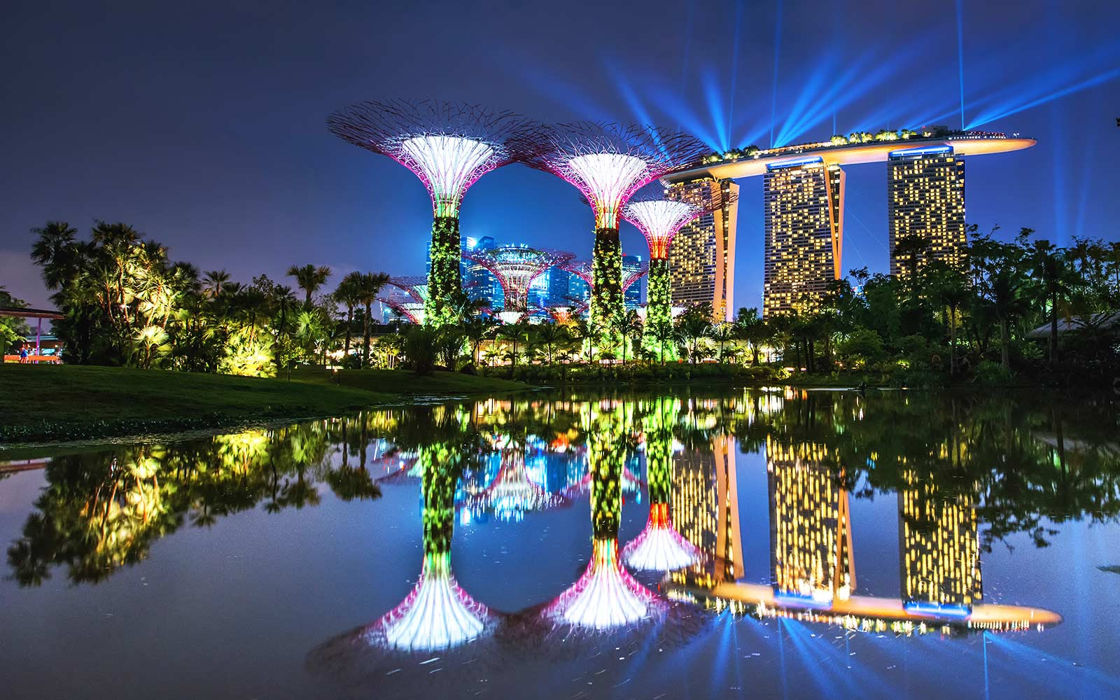 How to Visiting Singapore and Japan for Less Than $750 Round-trip