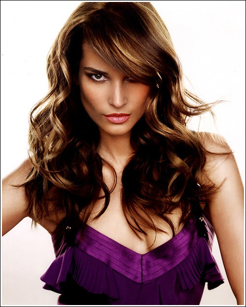 Long Curly Hairstyles 1 21 Simplest Ideas for Long Hair