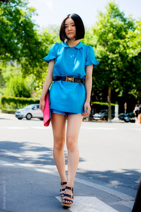 Feeling The Blues via Streetstyle Aesthetic - fashion, style, outfit, blue fashion, hot pink clutch
