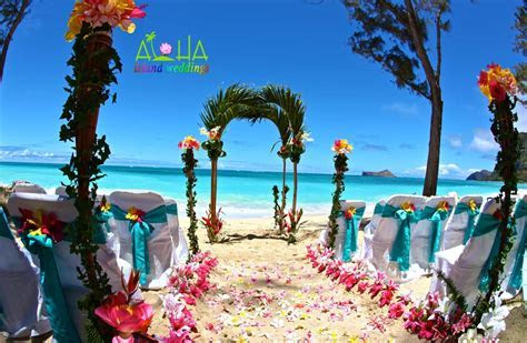 Hawaiian beach weddings wedding on Oahu