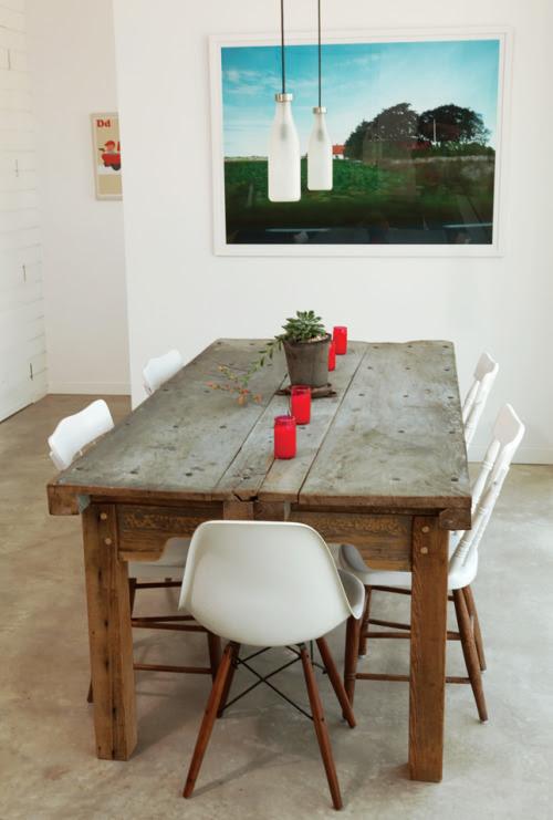 apartmentdiet: amar esta tabela de madeira e resfriar o leite pingente luzes de garrafa