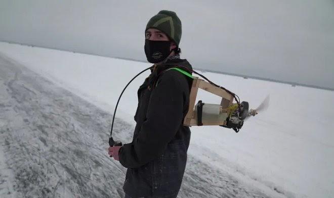 Канадский изобретатель разработал ранец для суперскоростного катания на коньках