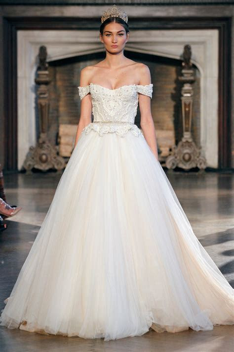 Spring Bridal Gown Trends for Petite Women   London Design