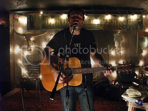 Joe Pernice, Kate Boothman @ Dakota Tavern (September 28, 2009): photo by Michael Ligon