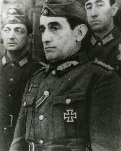 Muñoz Grandes con el uniforme de la Alemania nazi