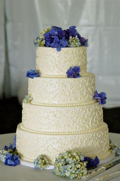 Non fondant cakes?   Weddings   Buttercream wedding cake