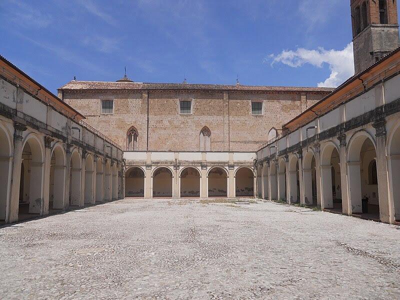 Fil: Chiostro di San Francesco - piano terra - 1.jpg