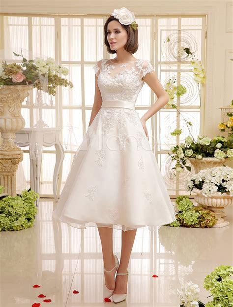 Short Wedding Dresses Ivory Lace Applique Vintage Bridal