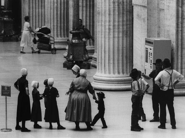 Famiglia Amish alla Union Station di Chicago, negli Stati Uniti (Foto Roberto Apostolo)
