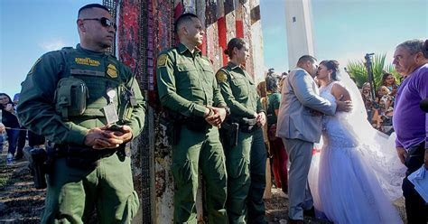 Couple Marries at the Border of the US and Mexico   PEOPLE.com