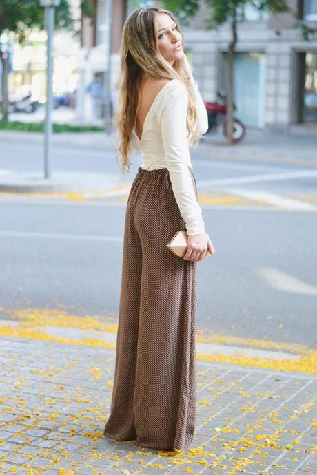 DOTTED IN BROWN