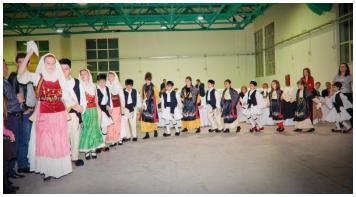 Το Παιδικό Χορευτικό της Νε.Β