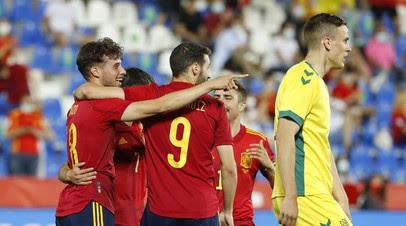 Испания разгромила Литву в контрольном матче перед Евро-2020