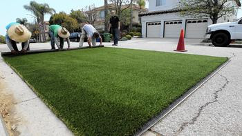 Southland water importer OKs $350-million boost in lawn-removal rebates