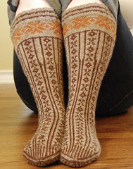 Arch-Shaped Norwegian Stockings