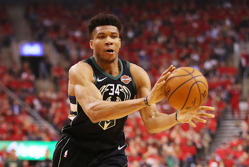 Avatar of Milwaukee Bucks: Will Giannis Antetokounmpo take on even more playmaking in 2019-20?