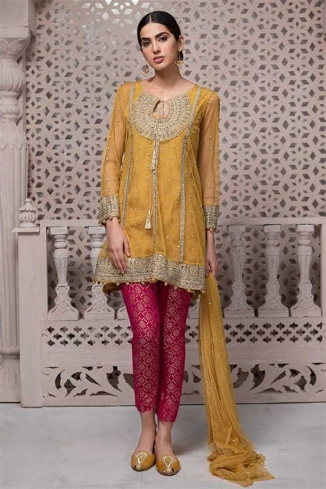 Maria B Mehndi Collection Features this Pretty Pakistani