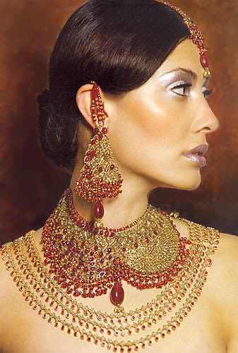 heavy kundan bridal set