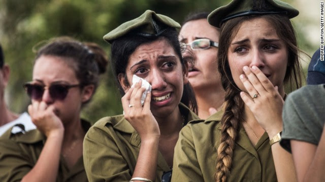 IDF soldiers mourn their fallen heroes.