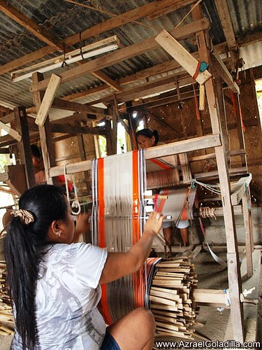 Loom Weaving in Ilocos Sur - photos by Azrael Coladilla