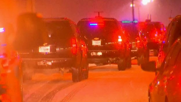President Obama's motorcade in the snow