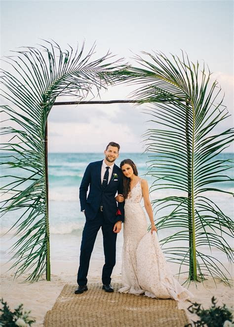 18 Unique Beach Wedding Ceremony Arches   Tidewater and