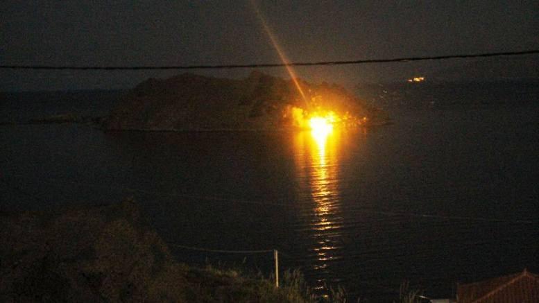 File Photo: Τροχιοδεικτικά πυρά έριξε η φρουρά  στο νησι της Ρω. ΓΕΕΘΑ