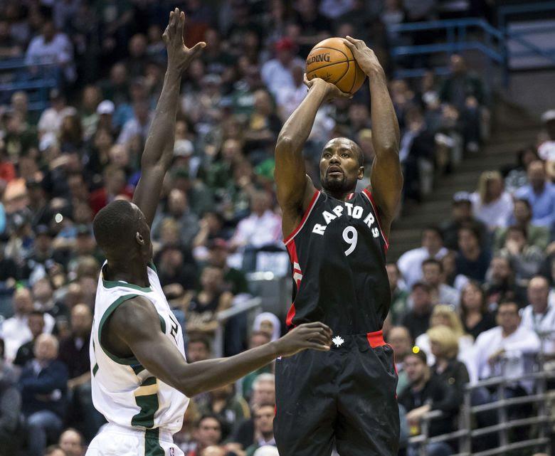 2017 04 22T193929Z 81175452 NOCID RTRMADP 3 NBA PLAYOFFS TORONTO RAPTORS AT MILWAUKEE BUCKS