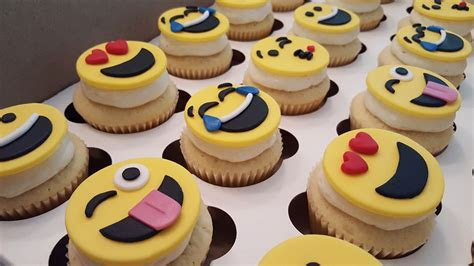 Emoji Cupcakes   Four Oaks Bakery