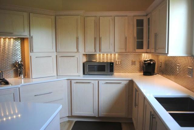 Champagne Stain Maple Cabinets, Silestone Quartz in White ...