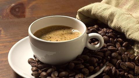 El café, con o sin cafeína, protege nuestro hígado