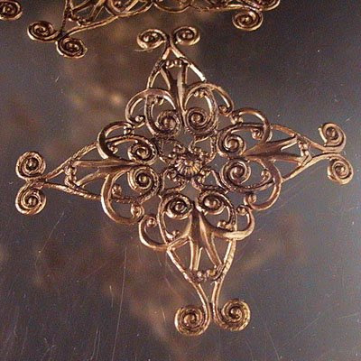 s14856 Vintaj -  Diamond Swirl Filigree/Wrap - Natural Brass (1)