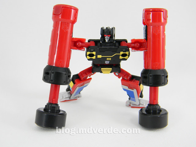 Transformers Rumble Masterpiece - modo robot