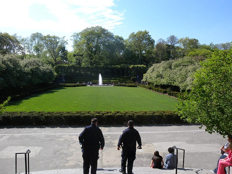 File:Conservatory Garden central lawn jeh.jpg