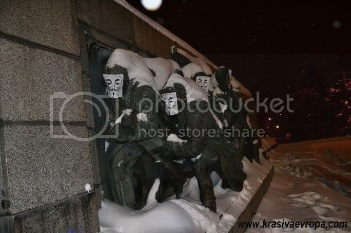 И паметниците срещу ACTA