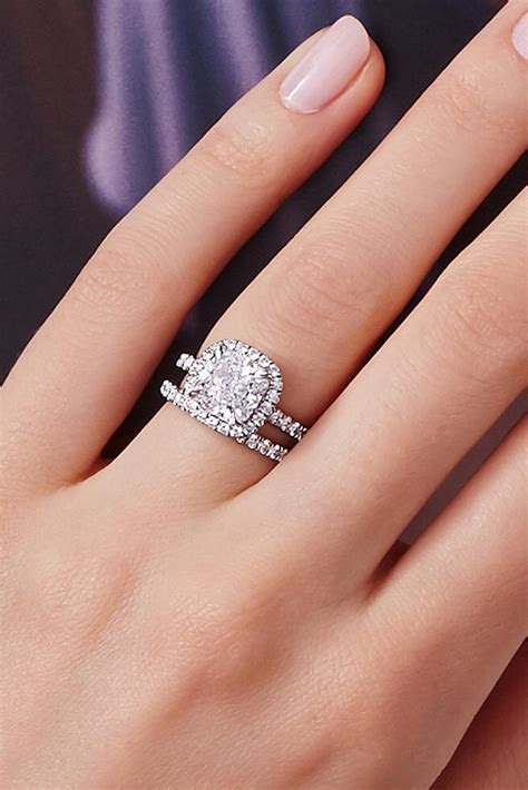 18 Gorgeous Harry Winston Engagement Rings   Oh So Perfect