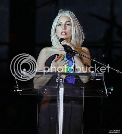 lady gaga al pride rally di new york: foto e video